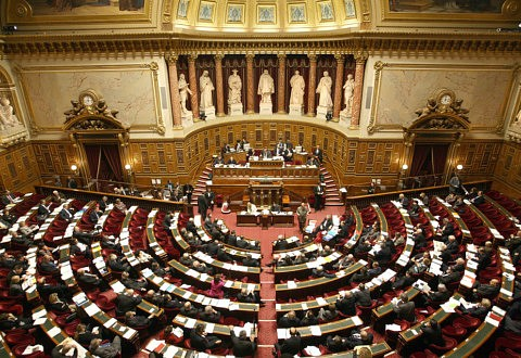 Les sénateurs en faveur de la protection du terme « équitable »